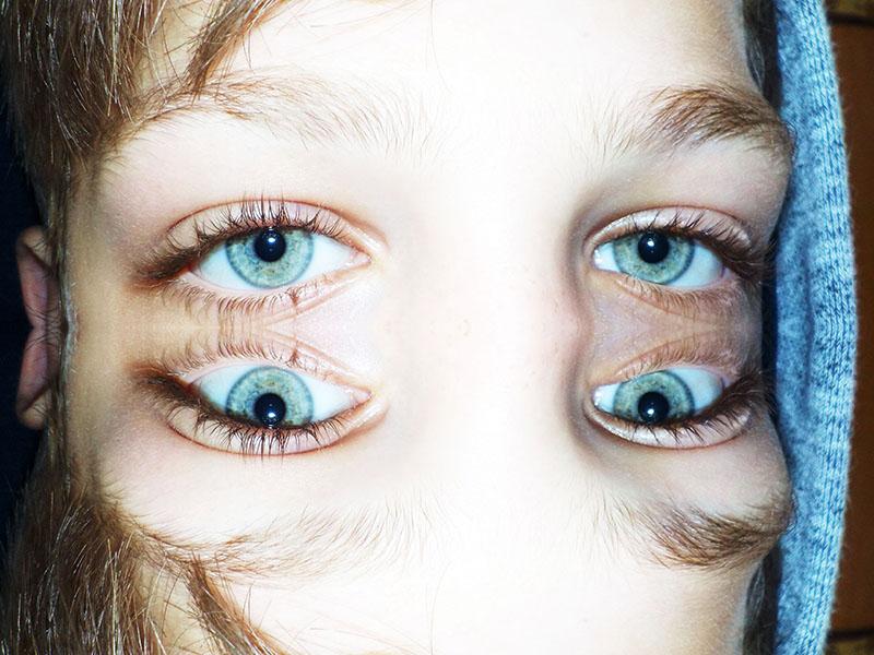 Fotospielerei Spiegelung Augen
