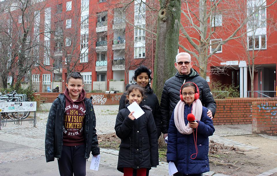 Kinder mit Passant